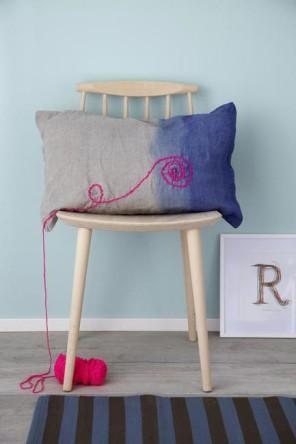 Selbstgenaehtes Kissen auf einem Stuhl, Even Sewn cushions on a chair,